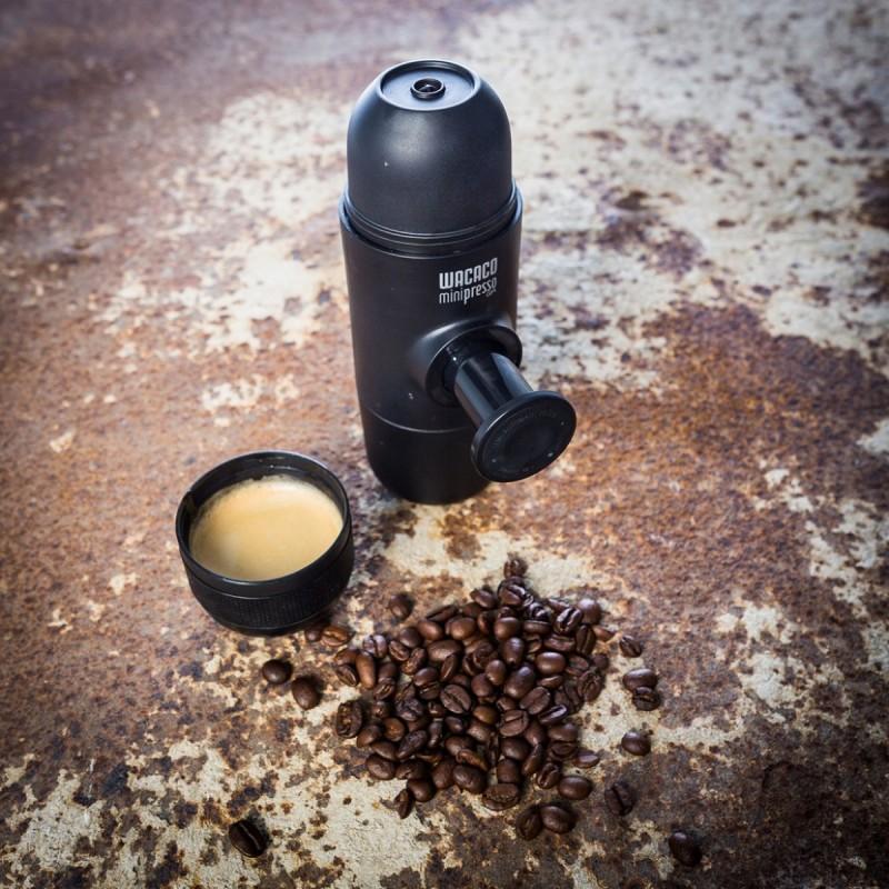 minipresso-die-kompakteste-espressomaschine-der-welt-a1f