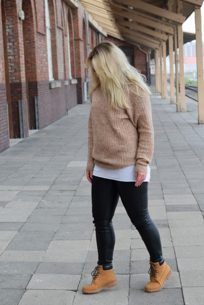Woanders sein-Swanted-Outfit-Fashion-H&M