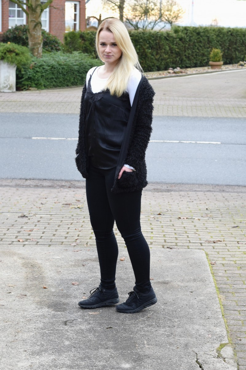 Nikolaus-Swanted-Camisole-Plüschjacke-Swantje-fashion-outfit
