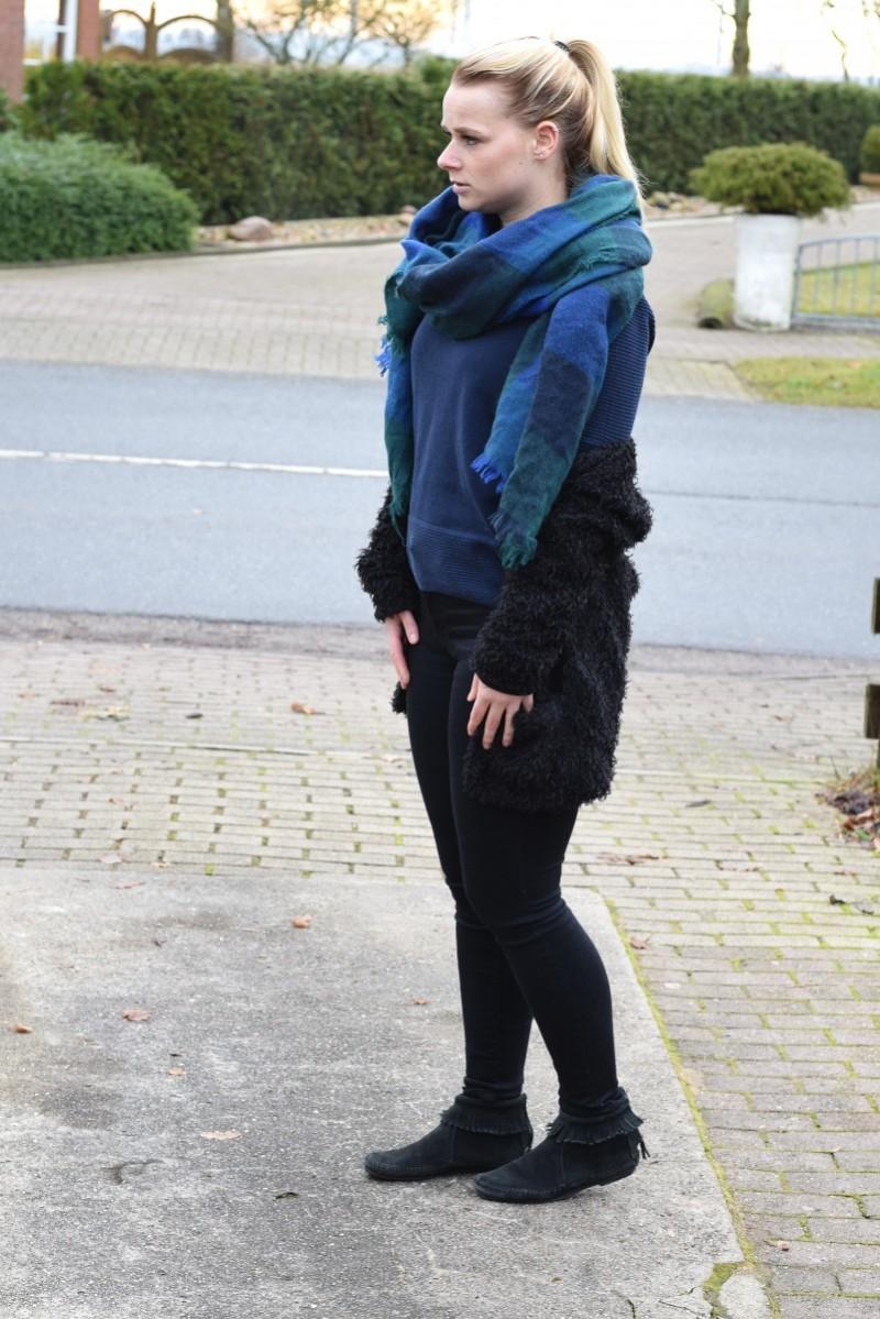 kein zeichen von dir-swanted-swantje-outfit-text-gedanken-blanket-scarf
