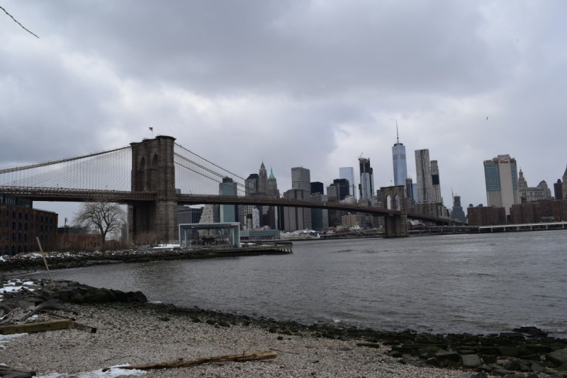 New York-Travel-Swanted-Skyline-Brooklyn Bridge