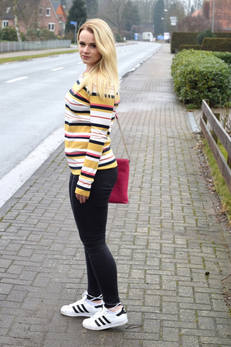 Streifen-Esprit-stripes-Outfit-Fashion-Adidas-Furla