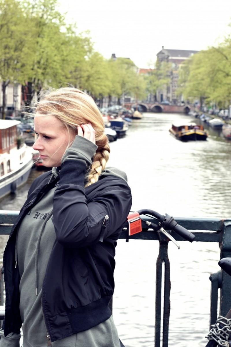 amsterdam-swanted-swantje-fashion-outfit-schlechte angewohnheiten-bad habits-grachtenfahrt