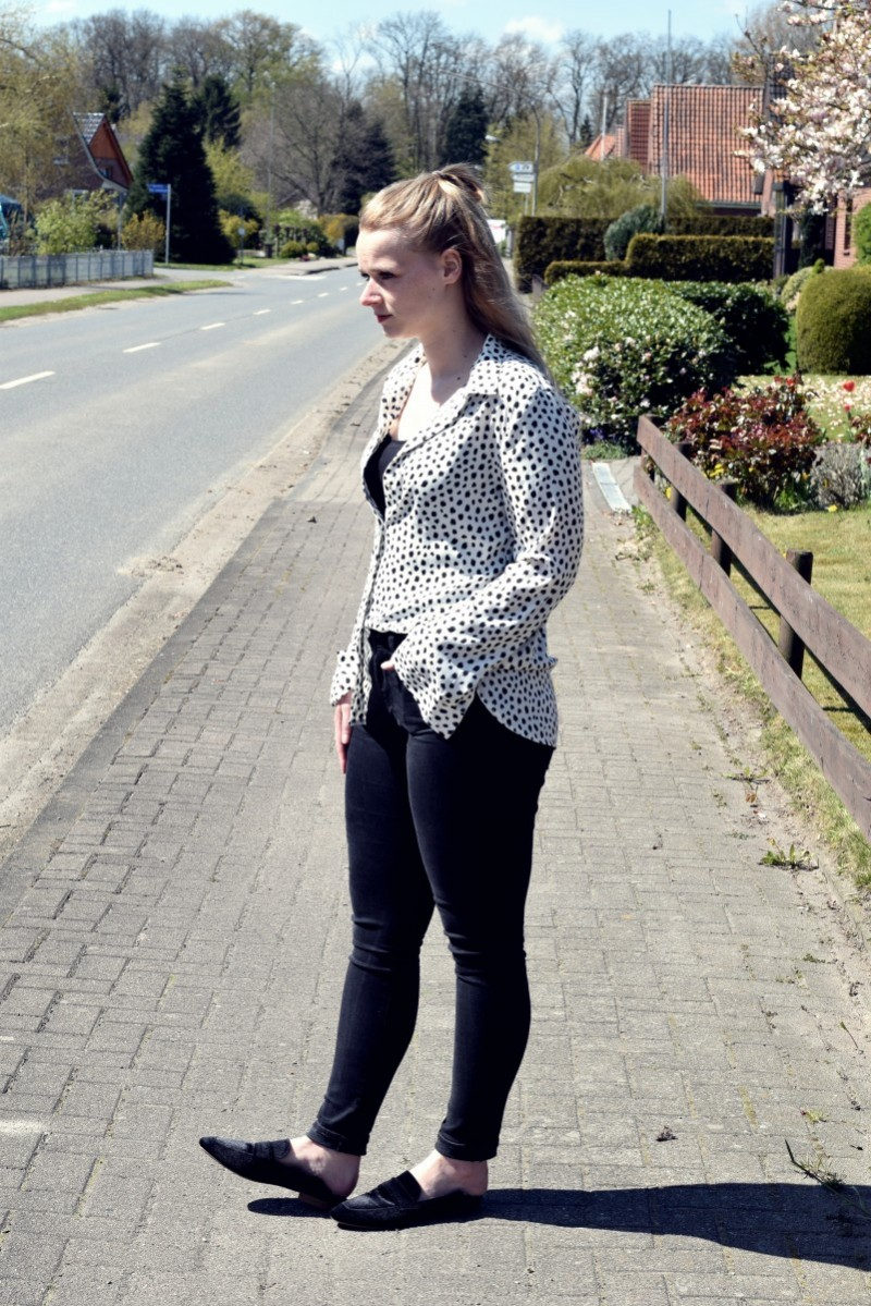 Outfit-Fashion-Punkte-Punkt-Kind sein-Swanted-Spring