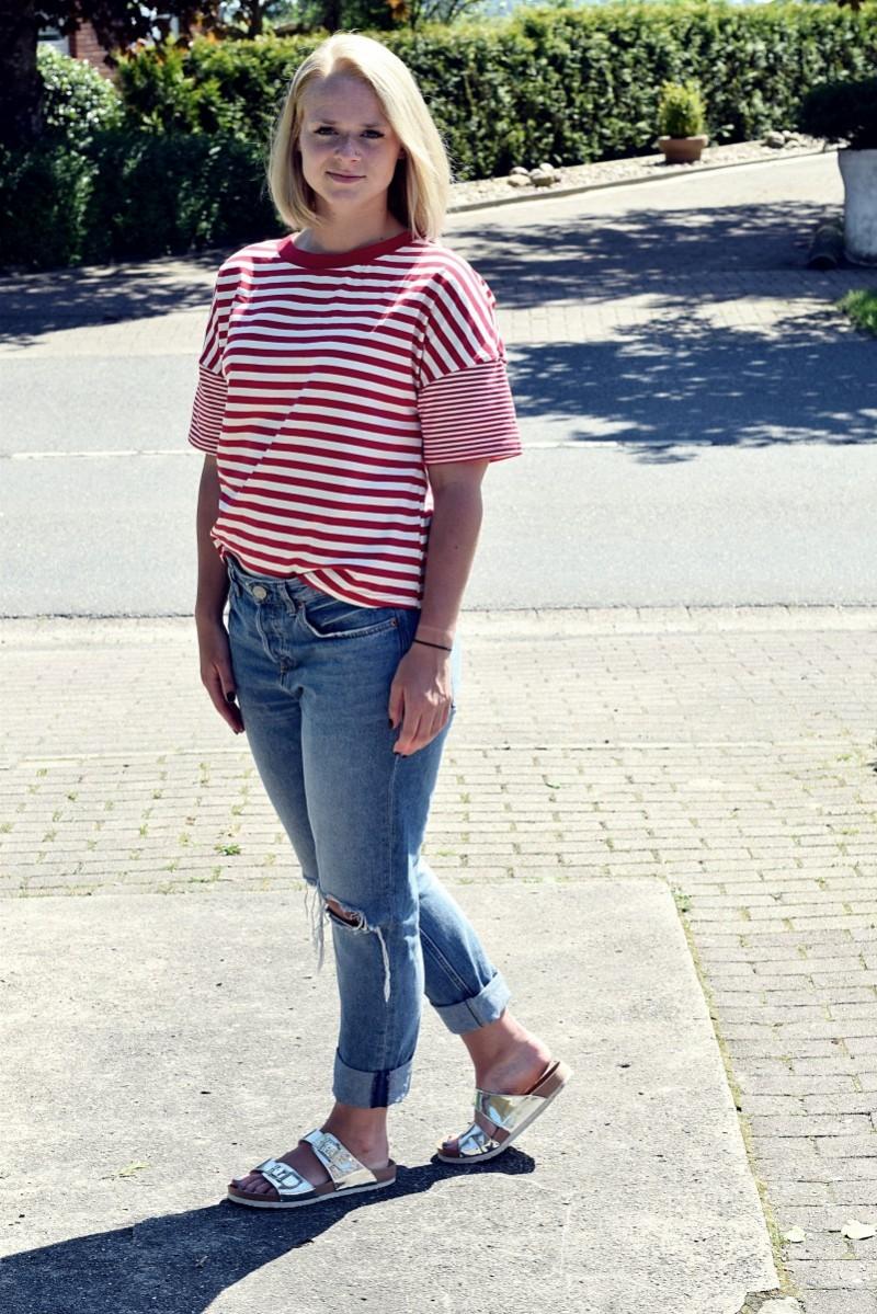 Stripes-Zukunft-Swanted-Outfit-Fashion-Summer-Look-Latschen-Boyfriend Jeans