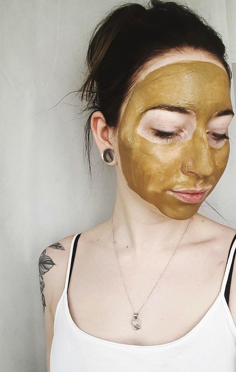 Heilerde-DIY-Maske-Beauty-Blog-Swanted-Luvos