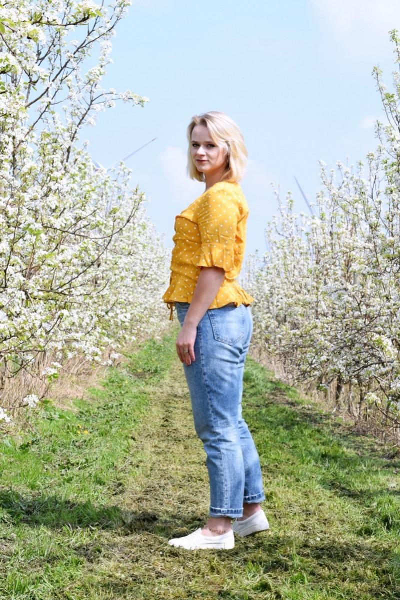 Bluse-Schönheit liegt in der Natur-dotted-dots-Punkte-Outfit-Fashion-Blog-H&M-Stradivarius-Bob