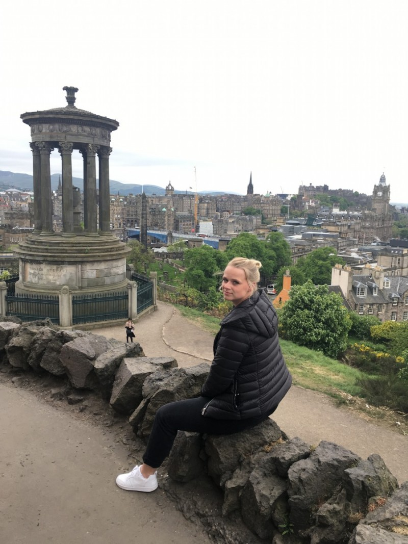 Schottland-Booking-Travel-Guide-Edinburgh-diary-Reisen-Swanted-scottish-skyline-city-harry potter-carlton hill