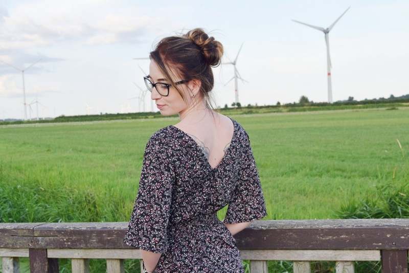 feminismus-outfit-fashion-swanted-nakd-nature-ad-werbung-jumpsuit