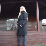 Langer Mantel mit Fake Fur