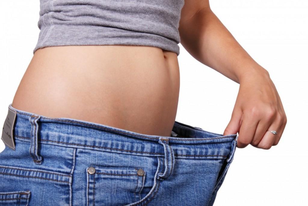 Fett weg-Kältebehandlung-abnehmen-bauchfett-belly fat-swanted-beauty-magazine