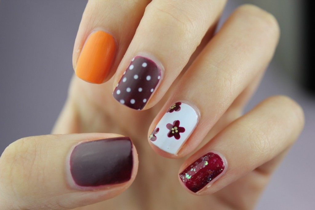 gepunktete Nägel-nailart-nageldesign-trends-trend-spring-nail polish-swanted