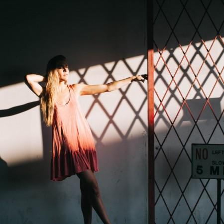 rostrote Kleider-dress-herbst-winter-2019-swanted magazine-fashion-trend