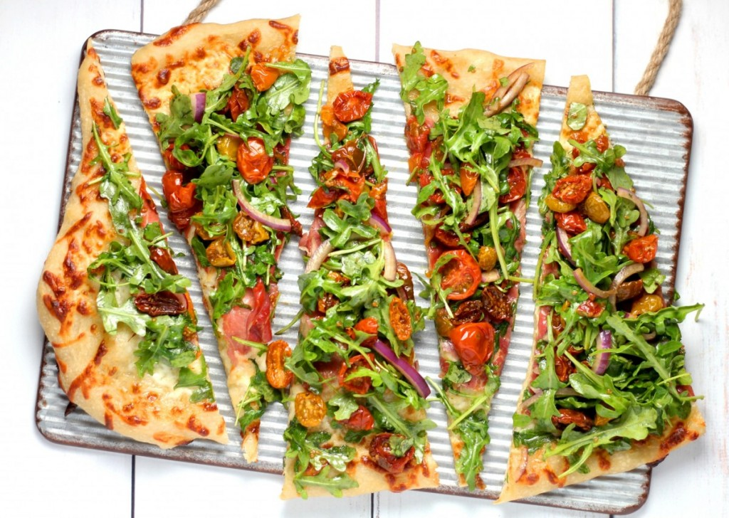lOW-CARB pizza-diät-pizza-ofen-lecker-essen-foodguide