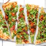 Low-Carb Pizza: So gelingen dir 4 Böden ohne Mehl